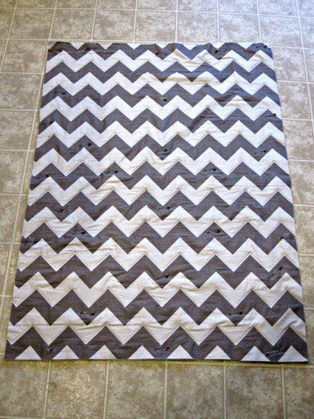 Chevron Quilt Tutorial - The Ribbon Retreat Blog : quilt pattern chevron - Adamdwight.com