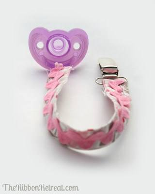 Make a pacifier clip with fabric and ric rac