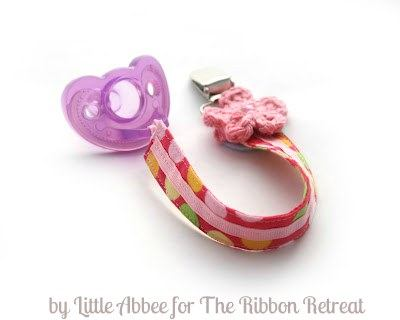 Learn how to make a quick and easy pacifier clip!