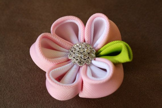 Little Mama Bowtique ribbon flower sculpture