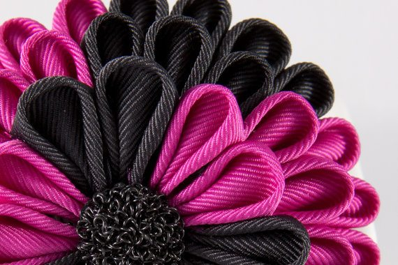 flower ribbon sculpture designs in bloom