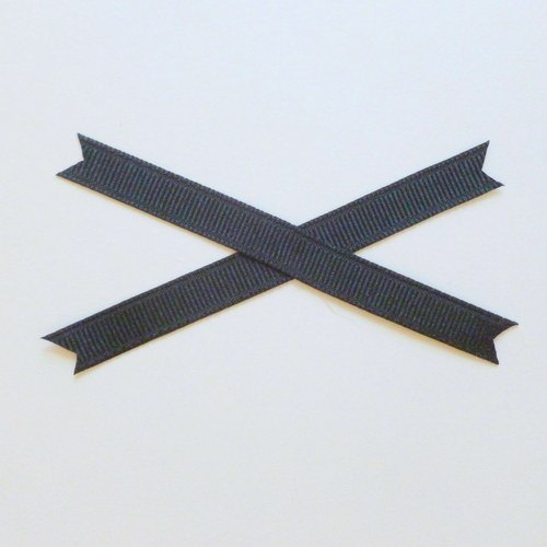 make an x with your ribbon