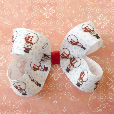 Snowman Ribbon Sculpture and Bow Tutorial - {The Ribbon Retreat Blog}